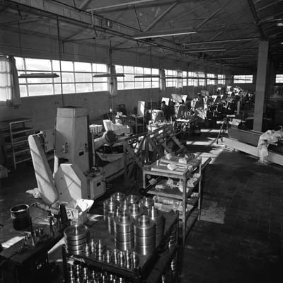 1969. Internal view of the Sant Narcís workshop, Girona.