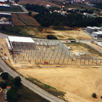 1998. Relocation of Comexi installations to Riudellots de la Selva, Girona. View of the industrial units construction.